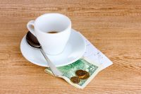 Tipping Culture and Etiquette in Jamaica