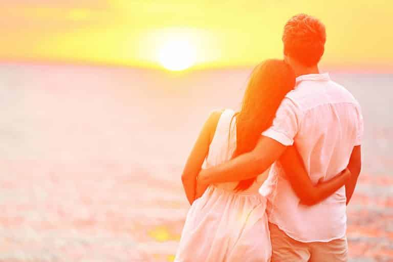 Is Cancun a Good Place for Couples and Honeymoon
