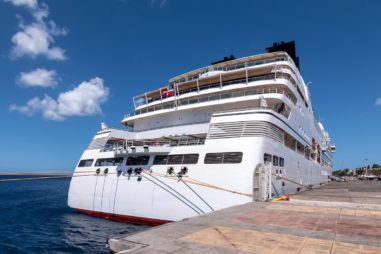 Do Cruise Ships Go to Guadeloupe